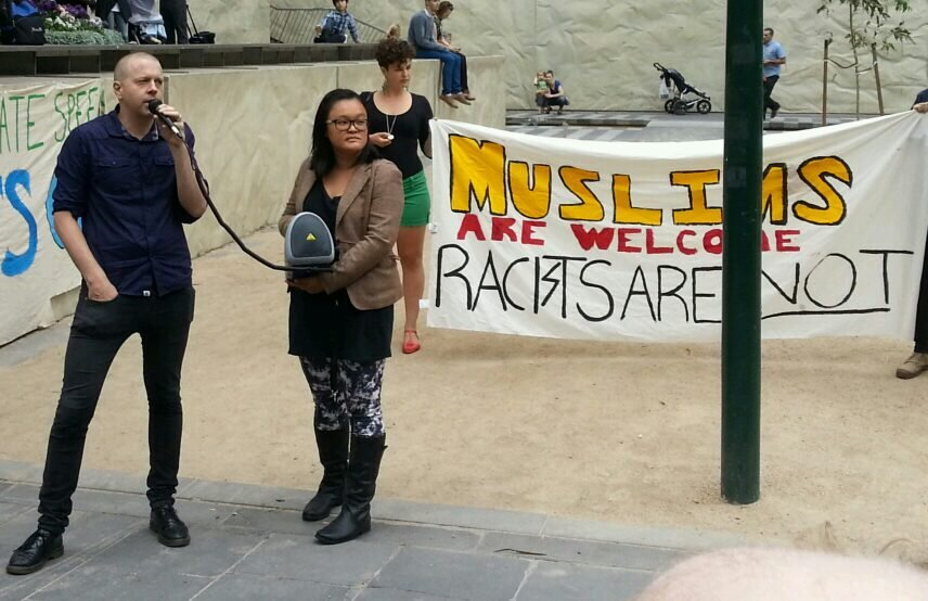 Occupy Melbourne aligns with Sharia Law Muslims
