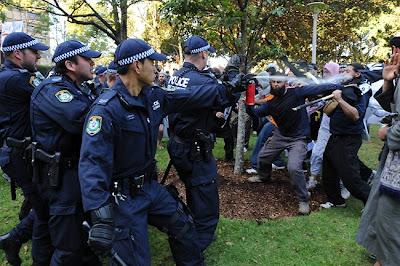 Police control Muslim Riot in Sydney 2012