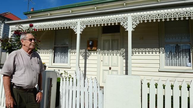 Ralph Blewitt outside Julia Gillard's Abbotsford house