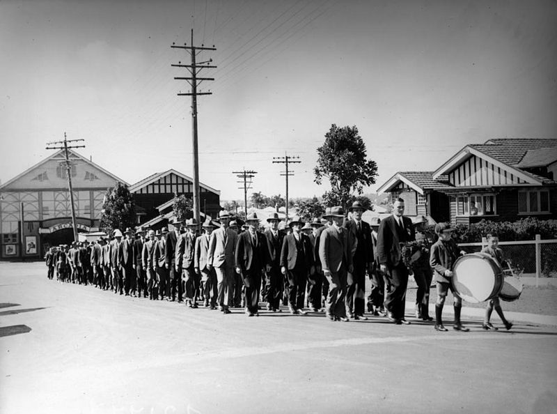 ANZAC Day March in Hamilton Brisbane 1937