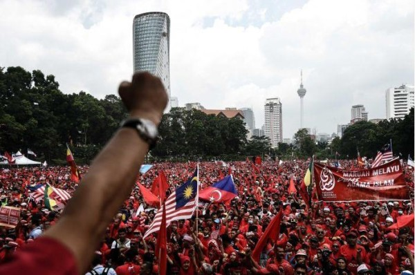 Indigenous Malays protest against invading Chinese