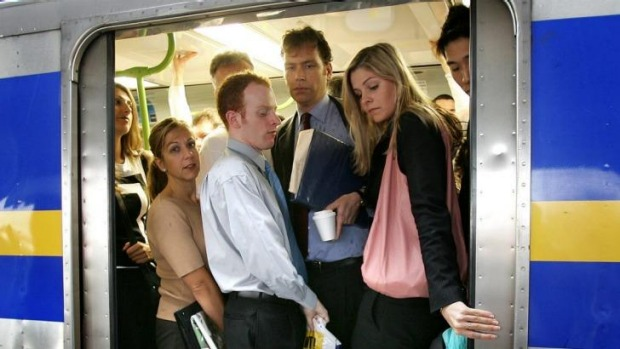 Werribee Train Overcrowded